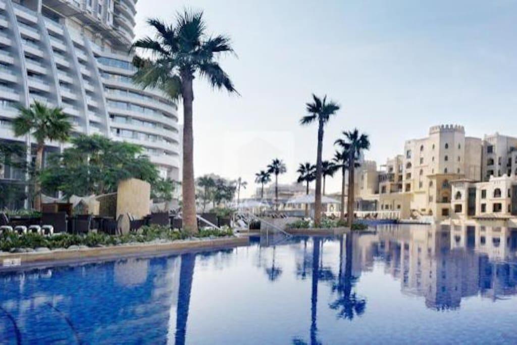 Splendid Splash Pool in address downtown dubai