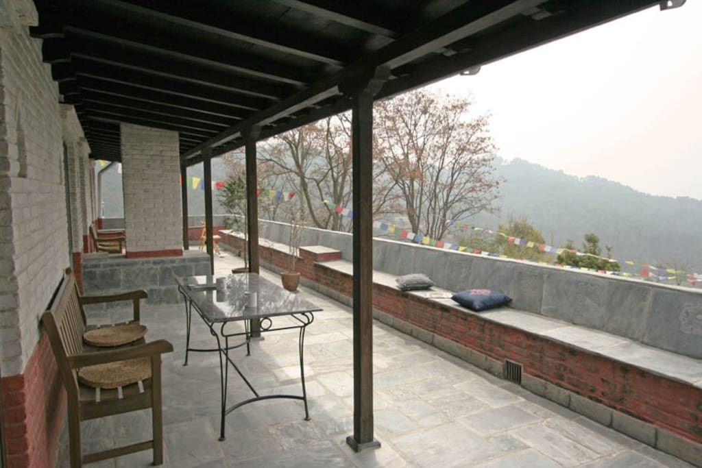 The half-covered terrace is ideal for yoga in the fresh air, or simply enjoying a cup of coffee overlooking the Kathmandu Valley.