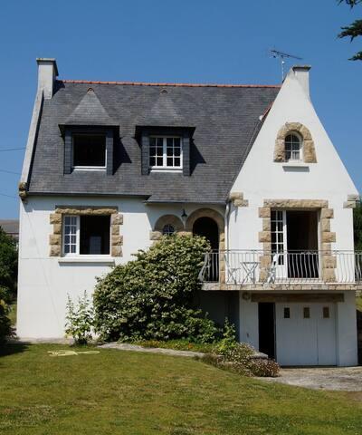 Maison familiale à 100 m de la plage d Audierne - Audierne - House