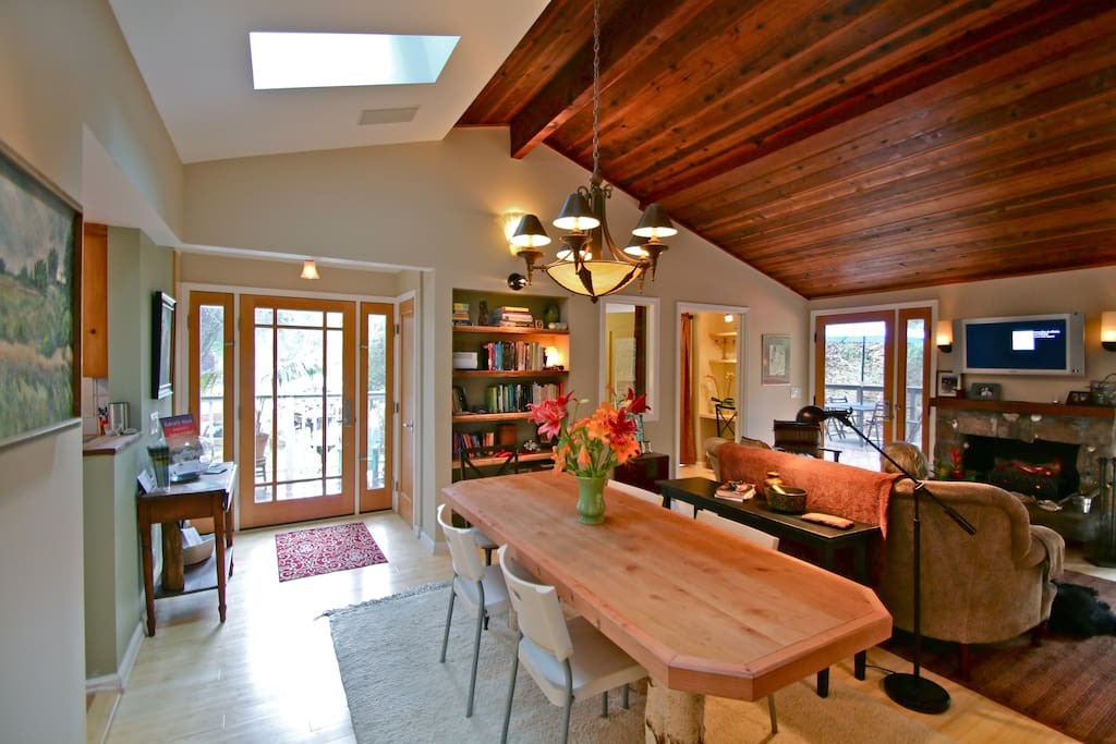 Great room and entrance, dining table seats 10