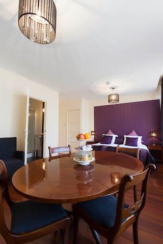 kamers met eigen badkamer en toilet - Leeuwarden - Bed & Breakfast