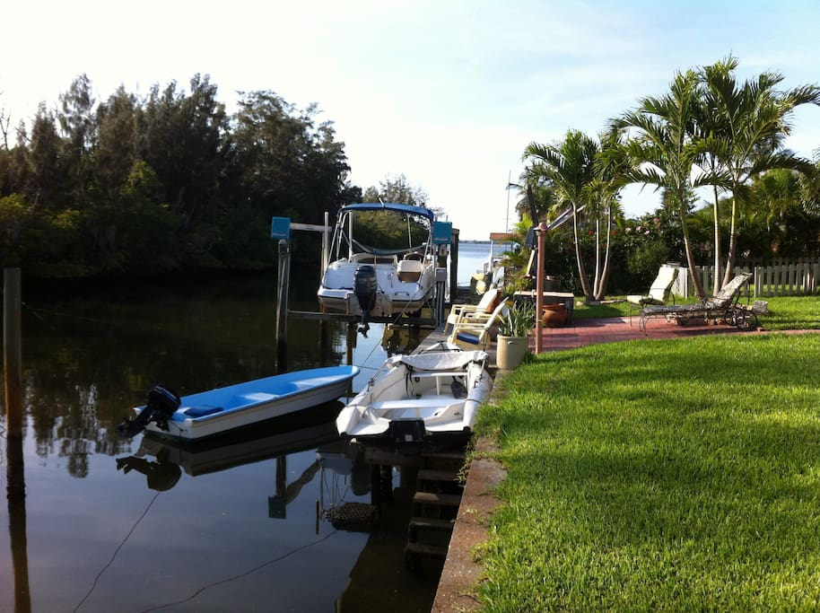 no neighbors across canal, very private, leading to Palma Sola Bay