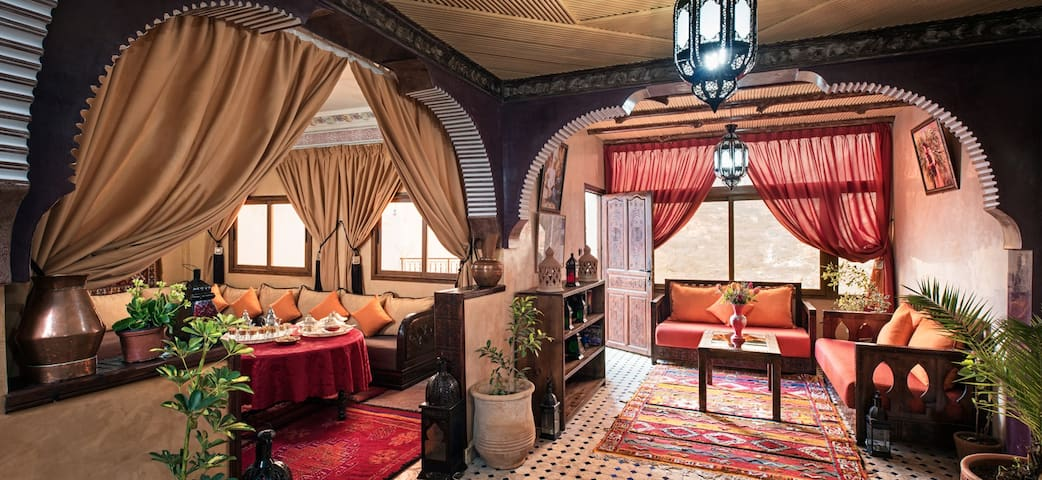 Riad Atlas Prestige - imlil - Bed & Breakfast