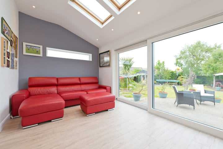 Self-Contained Apartment - Templeogue  - Casa