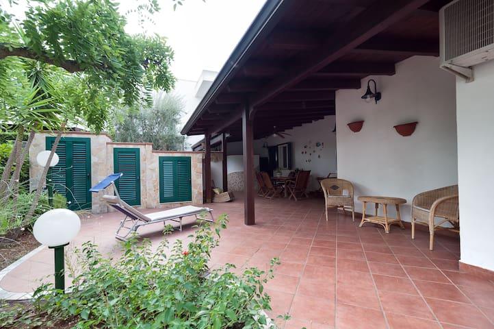 Villa con giardino Salento vicino Porto Selvaggio