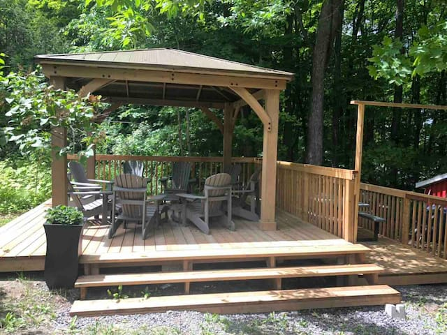 Brand new gazebo from June 2019:)!