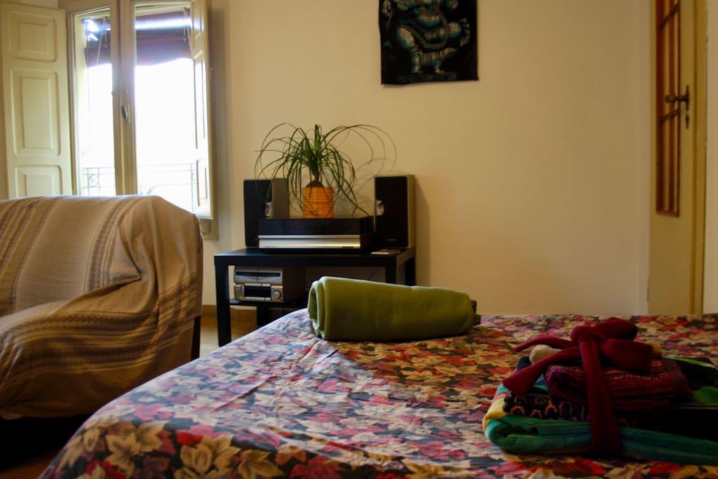 Ampia stanza con bagno privato a palazzo bianconi ville in affitto a bologna emilia romagna - Stanza con bagno privato roma ...
