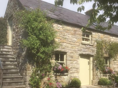 Hidden Gem Cottages - Orchard Cottage