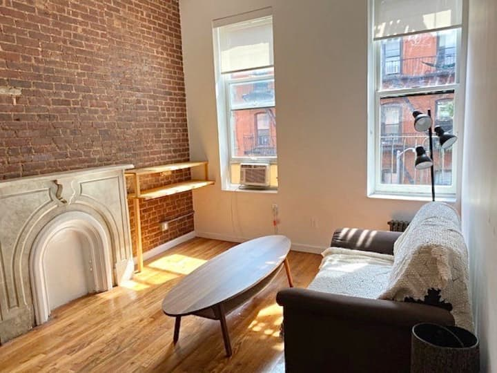 Sunny Bleecker Street 1-bedroom in NoHo (3F)