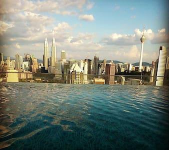 sky pool regalia - Kuala Lumpur - Lejlighed