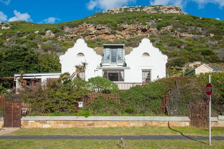 Classic Cape beach villa
