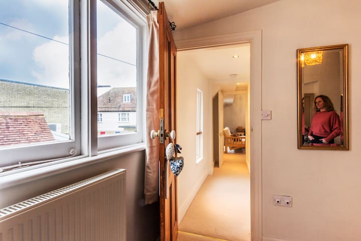 18th Century Galley Flat in Town - Whitstable - Apartamento
