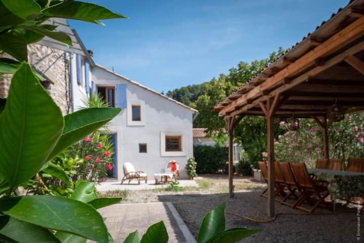 Maison de charme à Fontaine de Vaucluse