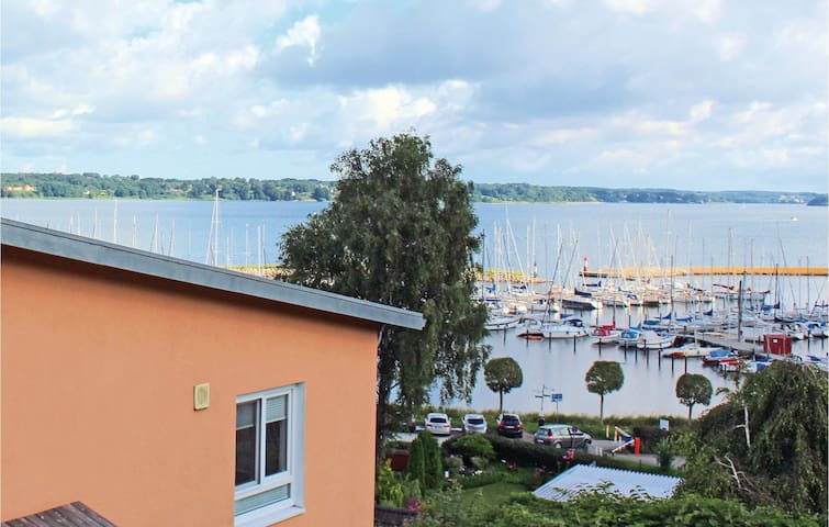 Holiday cottage with 2 bedrooms on 120 m² in Flensburg