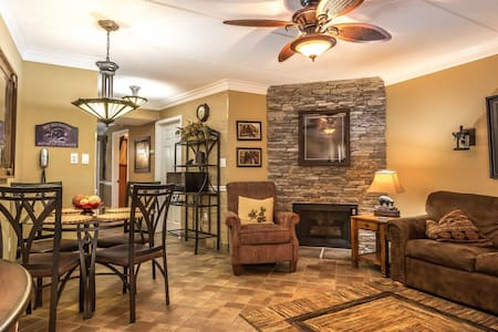 April5thDeal!!LuxuryCondoWalk2DtwnGburgFreePark - Gatlinburg - Appartement