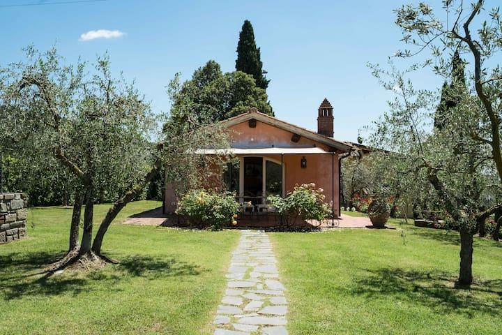 La Casa delle Rose - Cottage Vista piscina