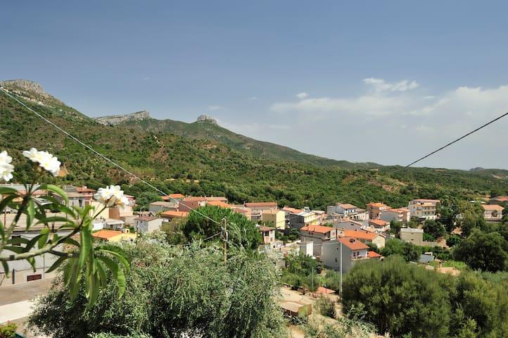 Casa panoramica e tranquilla a pochi km dal mare