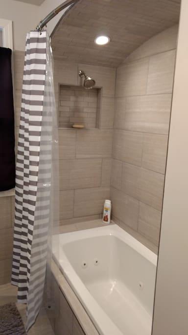 Guest Bath - Tub and Shower