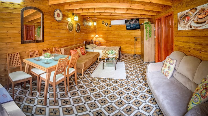 Wooden house in Eilat