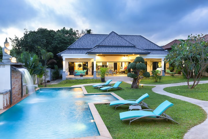 Beautiful villa  Rawai 3 BDR with Swimming Pool