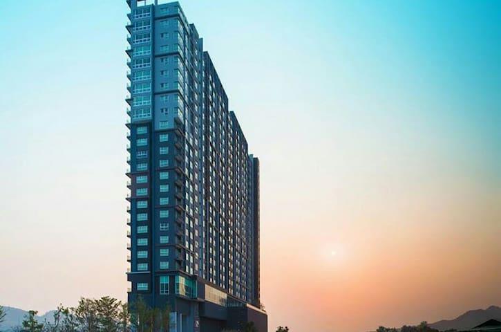 Hua Hin Condo City and Sea View at 24th Floor
