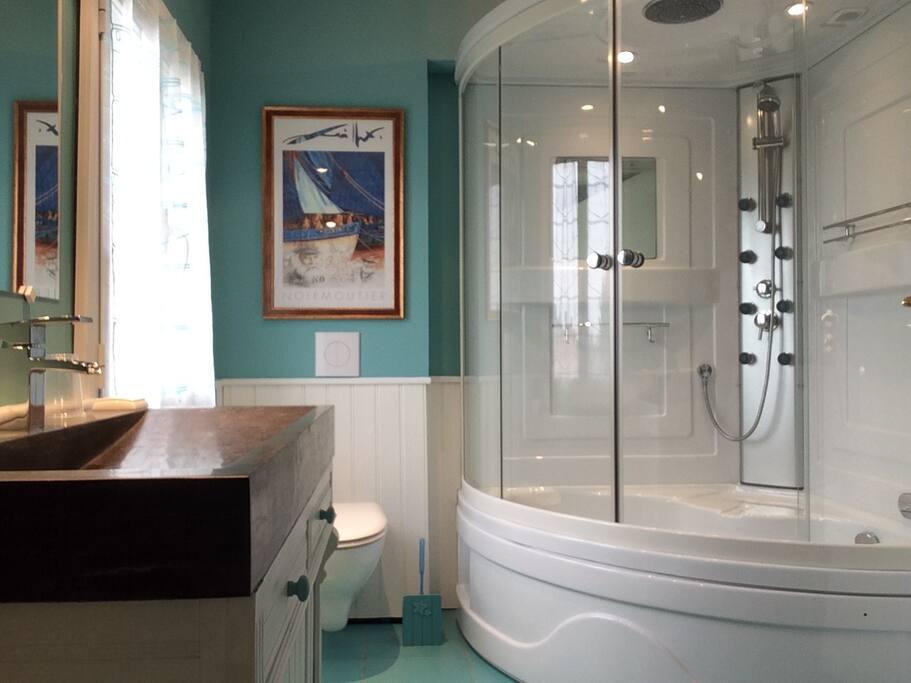 chambre d 39 hotes bed breakfasts louer noirmoutier en l 39 le. Black Bedroom Furniture Sets. Home Design Ideas
