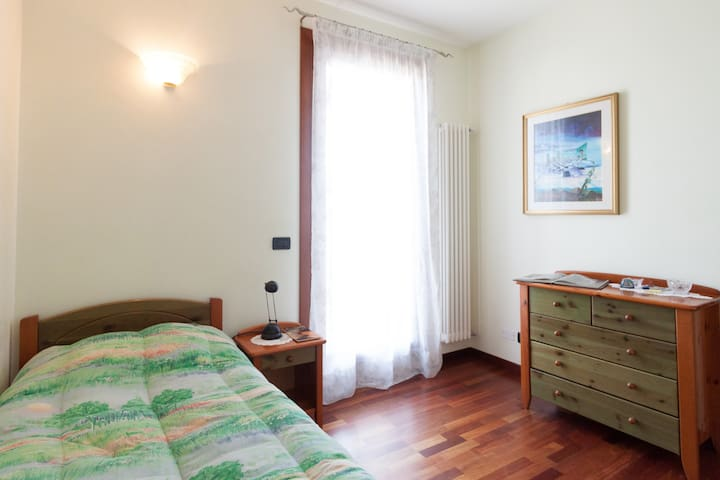 Lovely single bedroom - Venetië