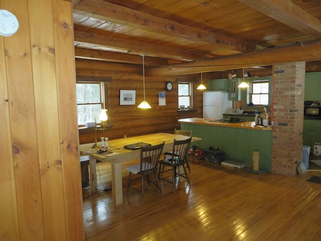 Log Cabin near sking and hiking - Warren - Bed & Breakfast