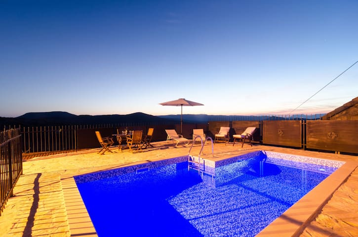 Private Pool Villa - Ston - Casa