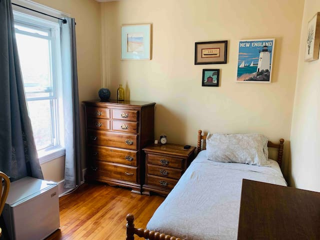 ★Historic & Central Location★| Cozy, Comfy & Clean
