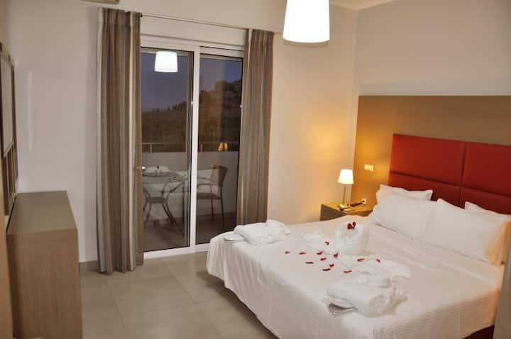 Luxury Apartment in Lindos - Kalathos 1 Bedroom SV
