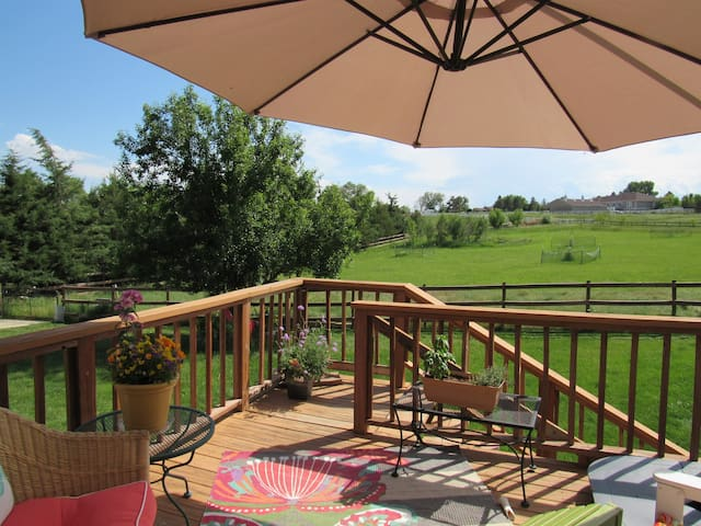 Zen on the Range/A Perfect Getaway - Berthoud - House
