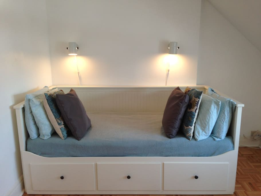 This is the bed in single/day bed configuration. Great for single folks who want a little more floor space.