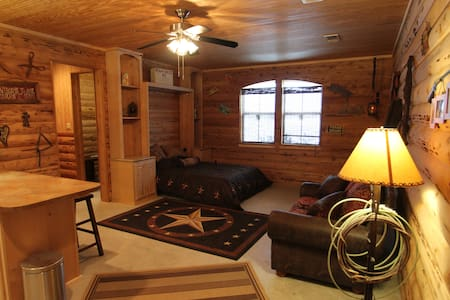 Private Cozy Cabin or business stay - Cabin