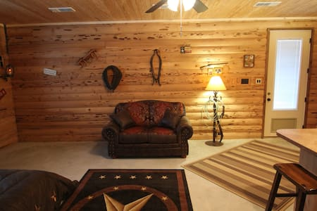 Private Cozy Cabin or business stay - Venus - Cabane