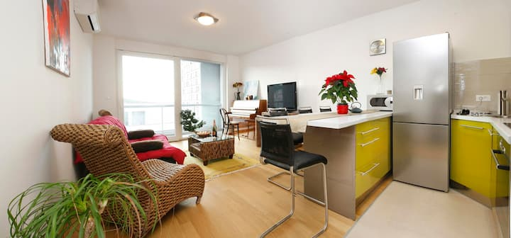 Luxury apartment, center of Split - Free parking!