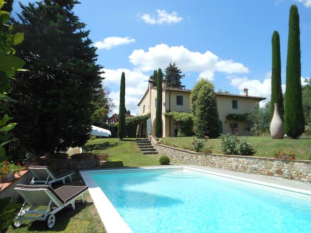 Florentine historical farmhouse - Montespertoli - Villa