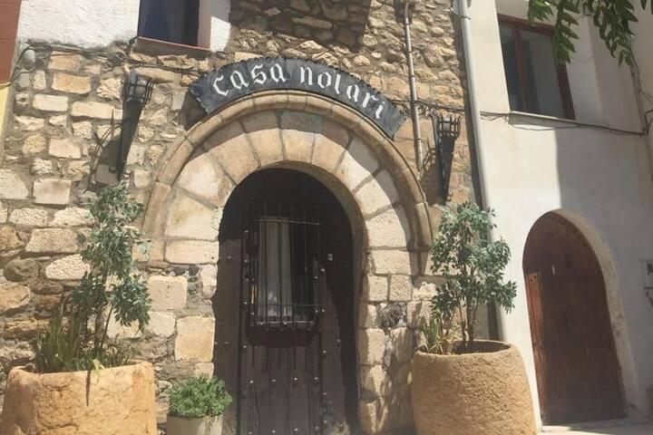 Habitaciones en casa de piedra cerca de Mont-rebei