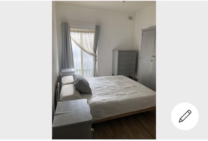 Beautiful double bedroom in the heart of sliema