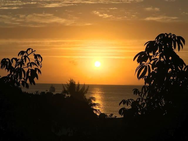 Penthouse vista al mar  Centro de Playa del Carmen
