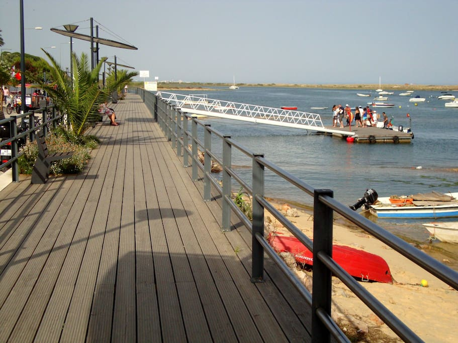 Wood deck along the Ria Formosa (boat to the beach)