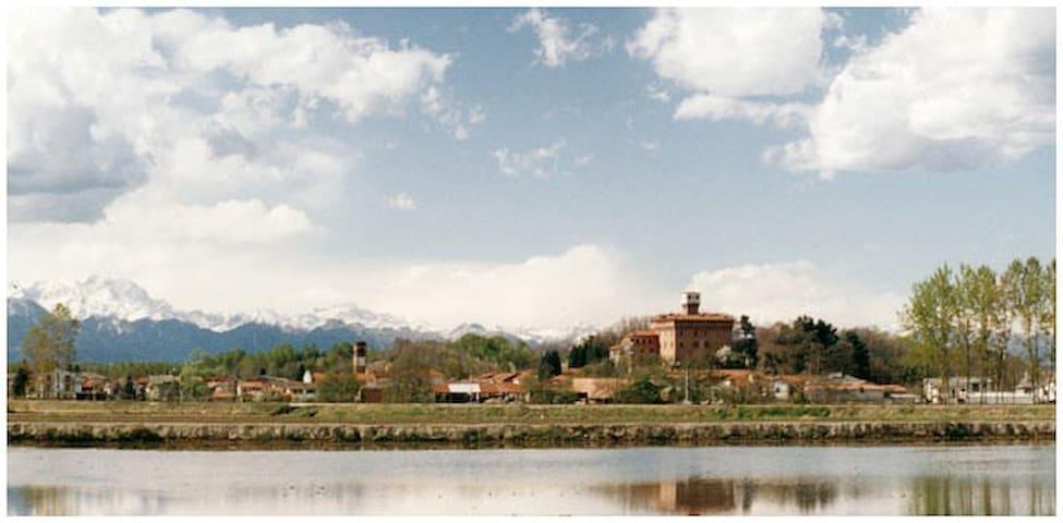Cascina del castello - La Robinia - Briona - Casa