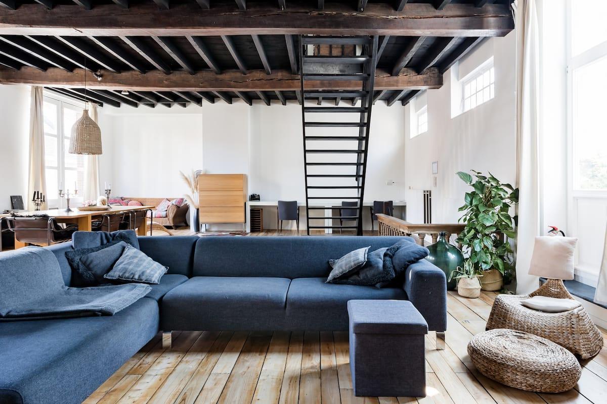 Volop ruimte en romantische accenten in een historisch pand in hartje Gent