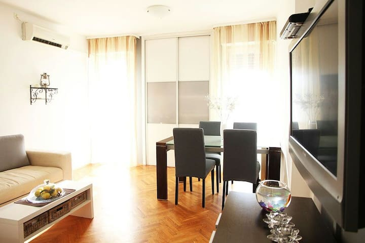 Apartment Duje with sea view