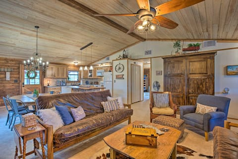 Chic Lakefront Cabin w/ Dock & Bluff Creek Views!