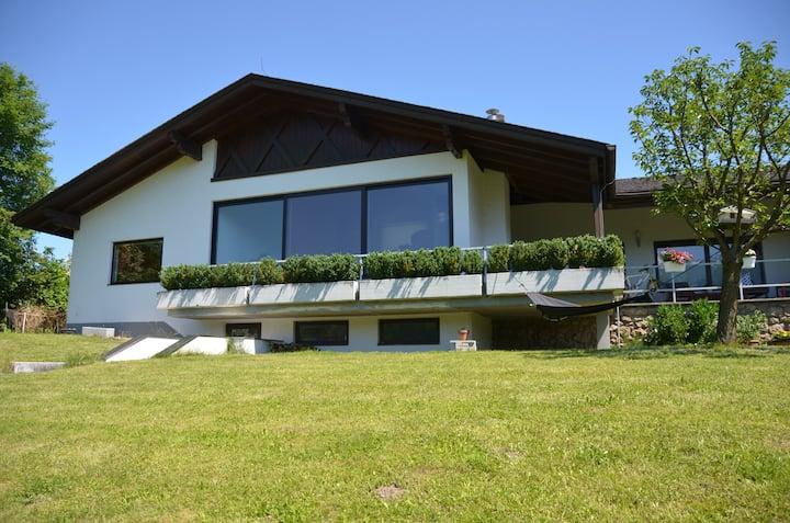 Contemporary House, Alpine Views
