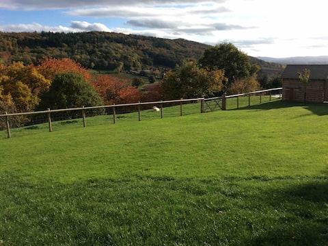 2 Kişilik Oduncu Ahırı, güzel manzara, Ledbury