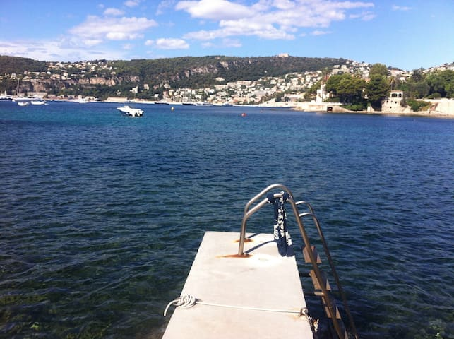 Romantique calme Pieds dans l'eau - Saint-Jean-Cap-Ferrat