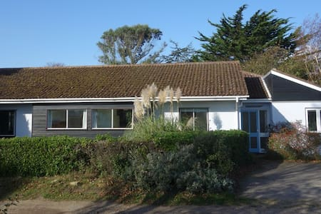 Sunny seaside house and garden - Thorpeness - Talo