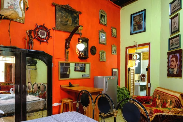 Casa Colonial Lamparilla